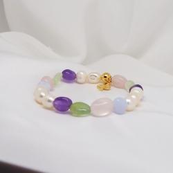 Pulsera niña perlas y cuarzo color